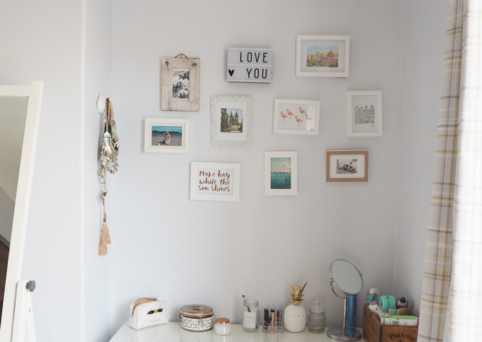 Bedroom Makeover with Rinkit & Tips for Styling Shelves Before photo