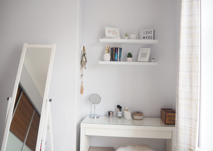 Bedroom Makeover with Rinkit & Tips for Styling Shelves room shot