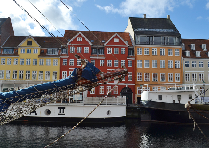 Copenhagen Travel Guide Nyhavn Streets