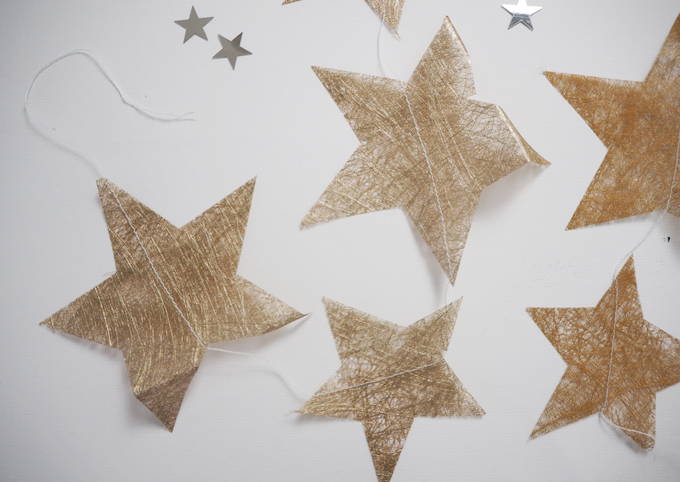 DIY Christmas Tissue Paper Star Garland -finished garland