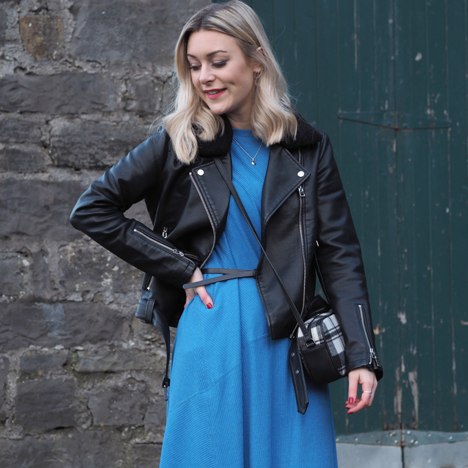 Ways to wear a midi dress in winter - outfit close up