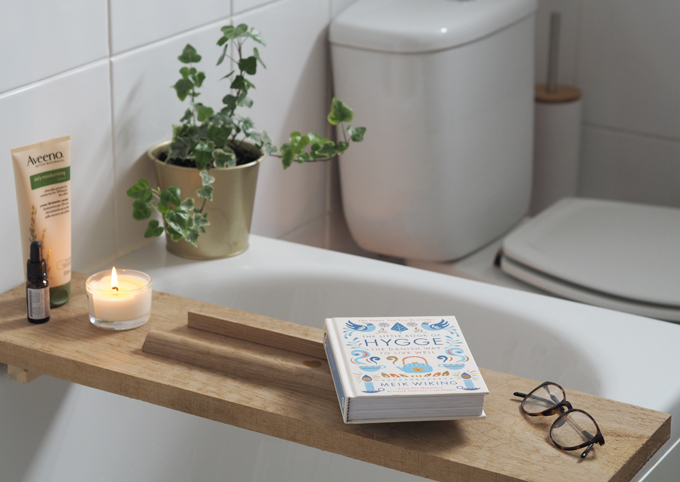 3 Easy Ways to Makeover your Bathroom on a Budget How to