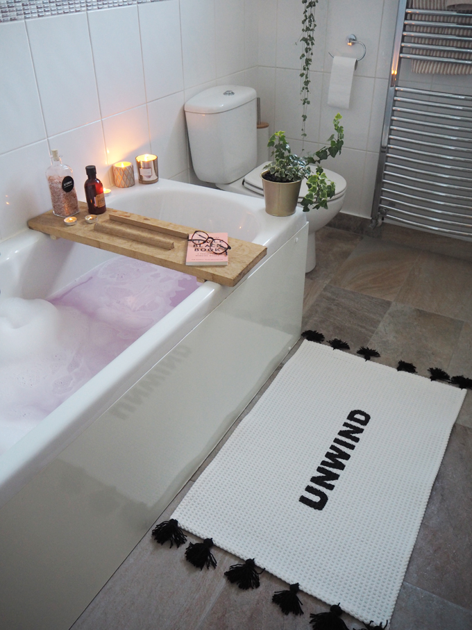 DIY slogan bath mat | Ikea hack - bathroom finished mat