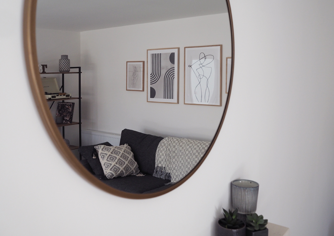 Living Room Makeover part 2 - Mirror shot